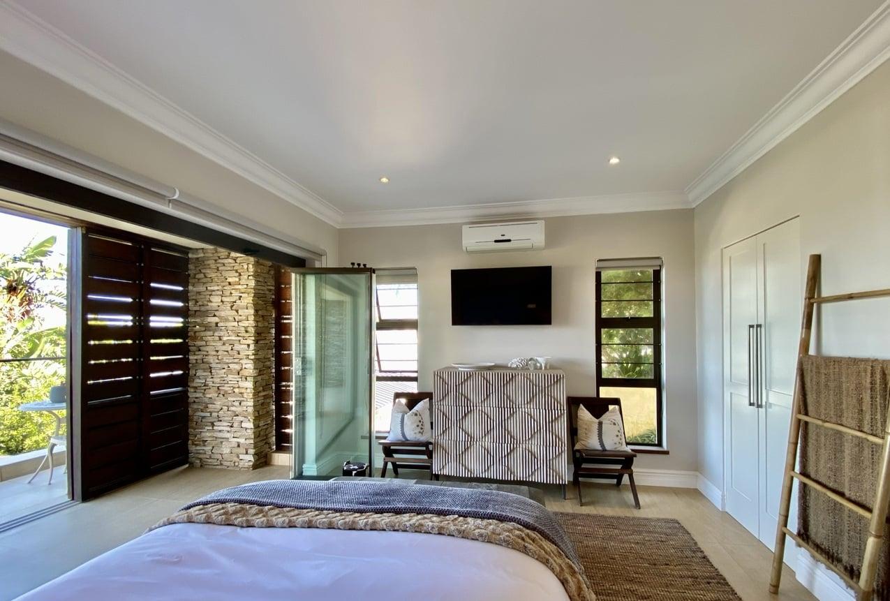 Ballito Beach House Villa Jellyfish Room 8JPEG