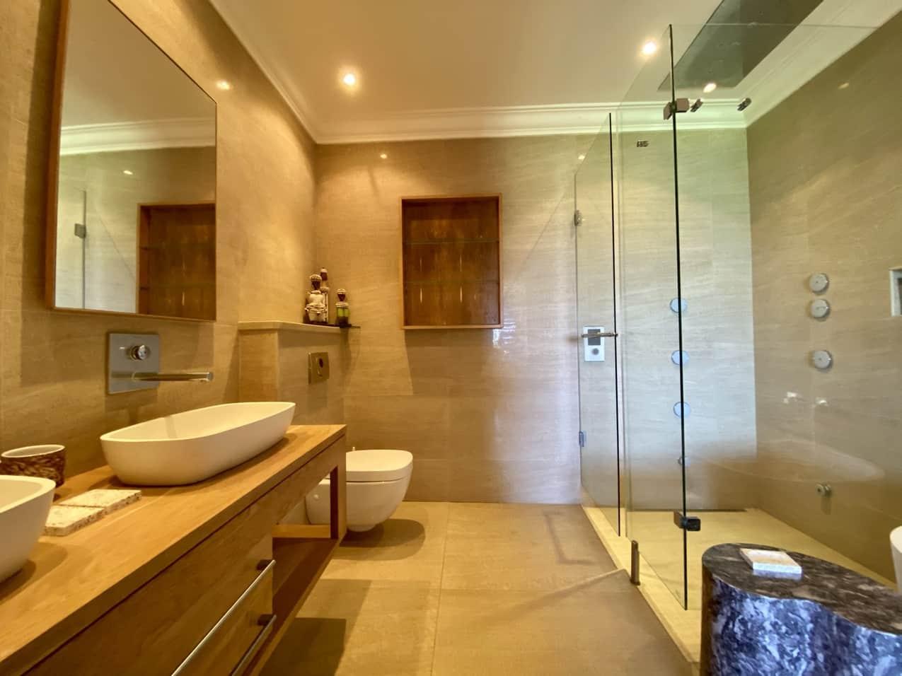 Ballito Beach House Villa Sea Breeze Bathroom (3)