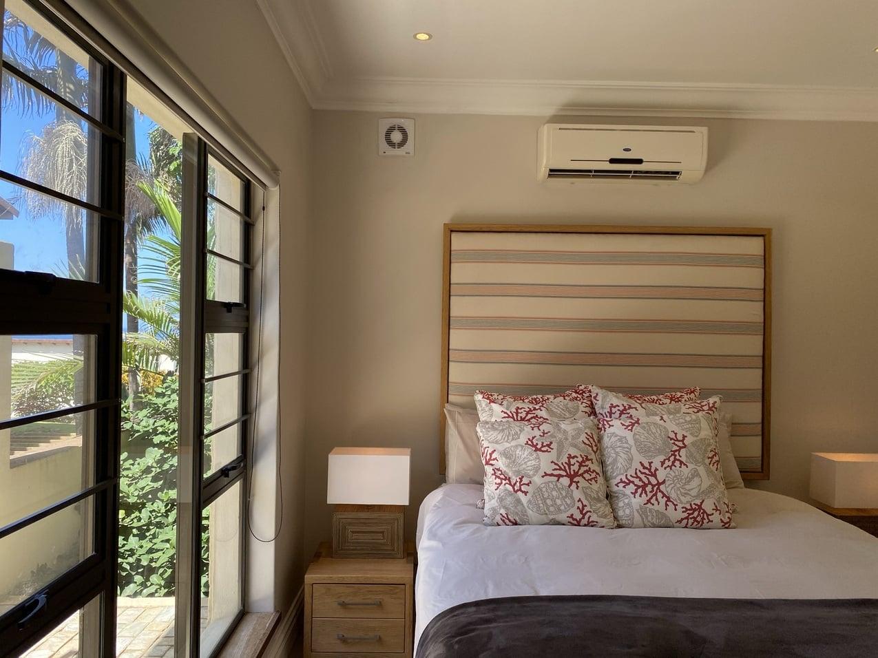Ballito Beachfront Cottage Coral Room 4JPEG