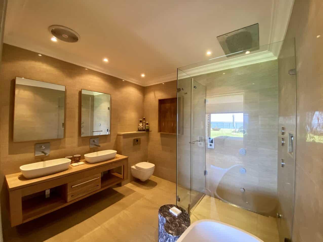 Ballito Beach House Villa Sea Breeze Bathroom